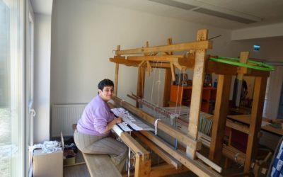 Sensul vieții în decojirea miezului de nucă: Organizația Diakonia Făgăraș